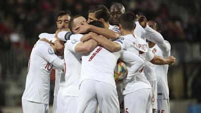 UEFA Ingin meminta 5 Triliun Jika Ingin Menunda Piala Eropa