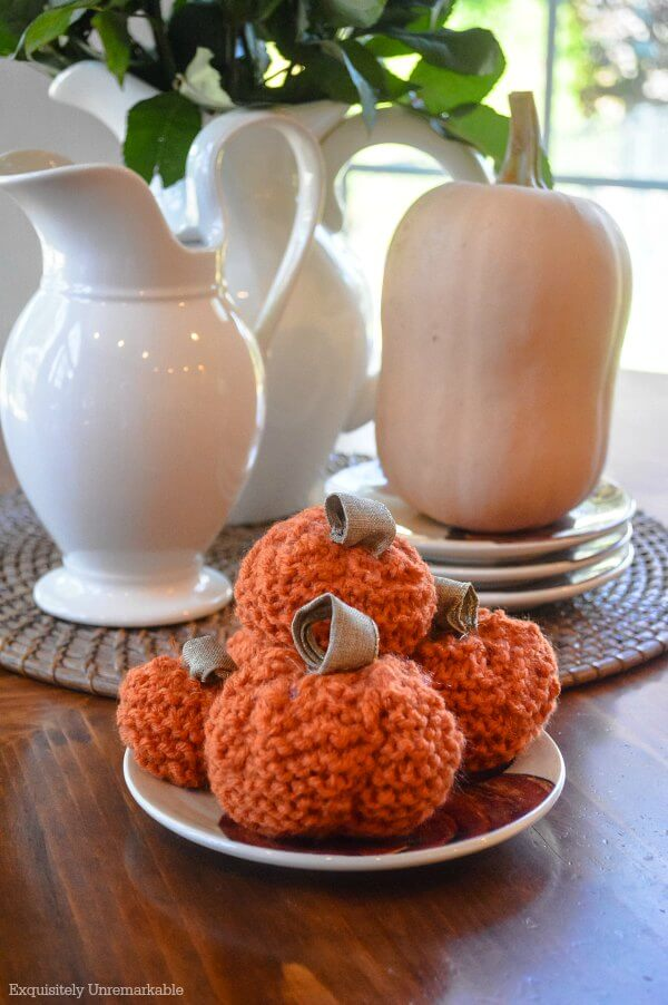 Knitted Pumpkins On A Plate For Fall Decor