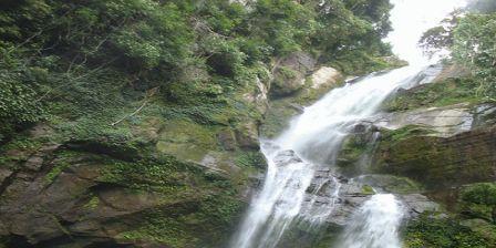 Air Terjun Tigo Tingkek ( Tiga Tingkat ) Keindahan Wisata Alam di Padang Cocok Bagi  Anda Yang Memiliki Jiwa Petualang