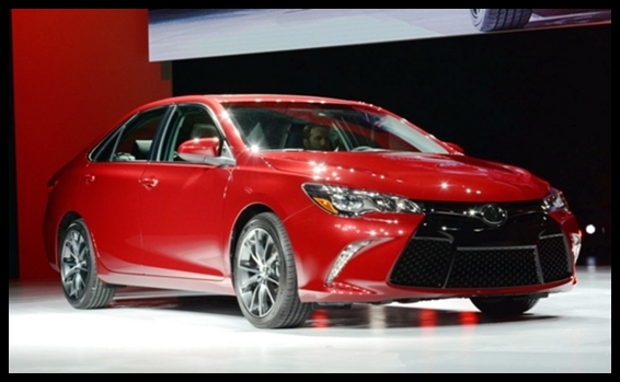 2016 Toyota Camry Hybrid - Review