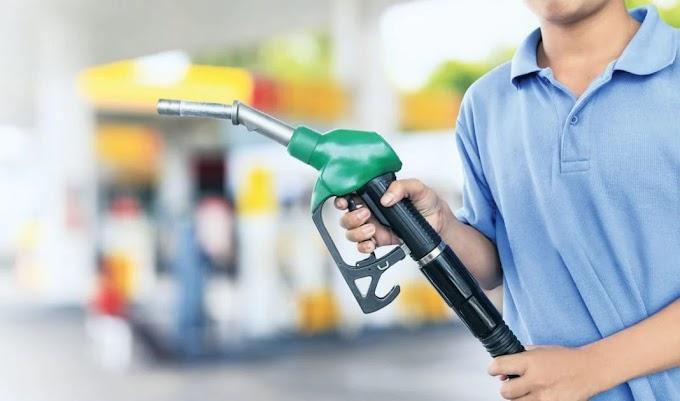 ΤΕΤΑΡΤΗ ακριβότερη (στην ευρωζώνη) η αμόλυβδη βενζίνη στην Ελλάδα