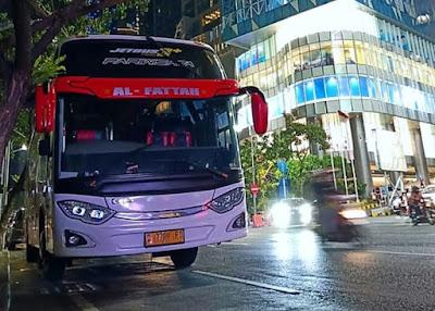 Sewa Bus Pariwisata Solo SHD 50 Seat