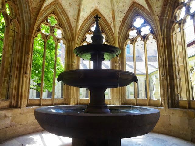 Os melhores passeios de um dia saindo de Frankfurt (dezenas de opções) - Mosteiro de Maulbronn