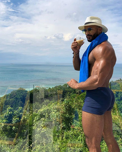 """InstaHunk Joel Green's recipe for a successful Monday: """"Dream. Plan. Do."""""""