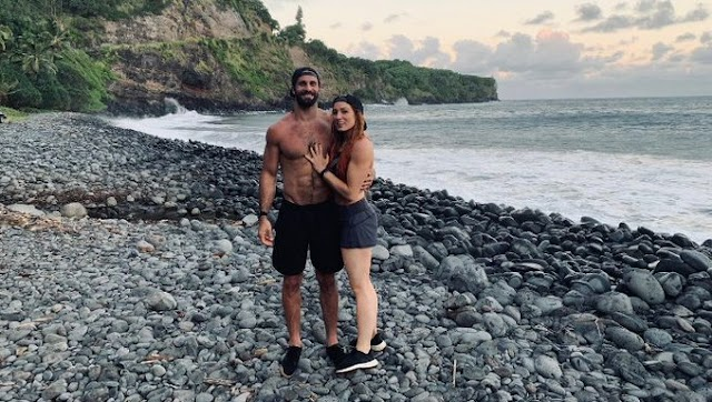 wwe Seth Rollins and Becky Lynch are engaged