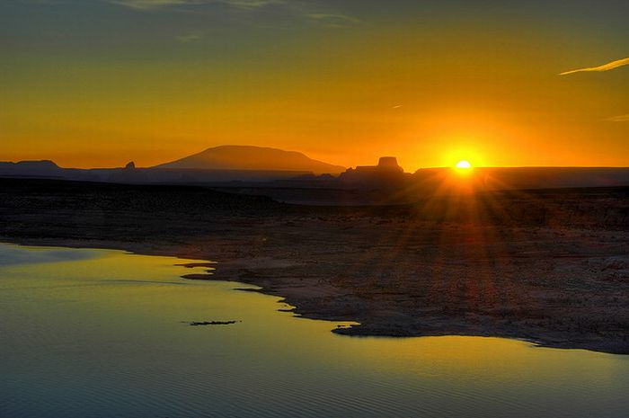 Humor Feast: Very beautiful pictures of Sunrise
