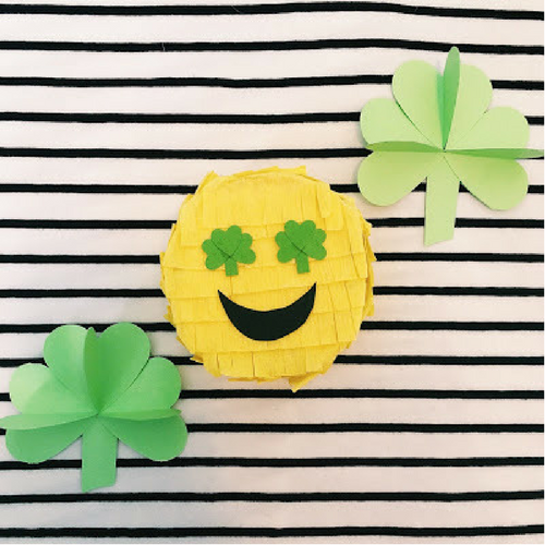 Diy in the Forest: SHAMROCK EMOJI PINATA