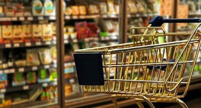 """Уряд закликають скасувати заборону на продаж товарів під час """"локдауну"""""""