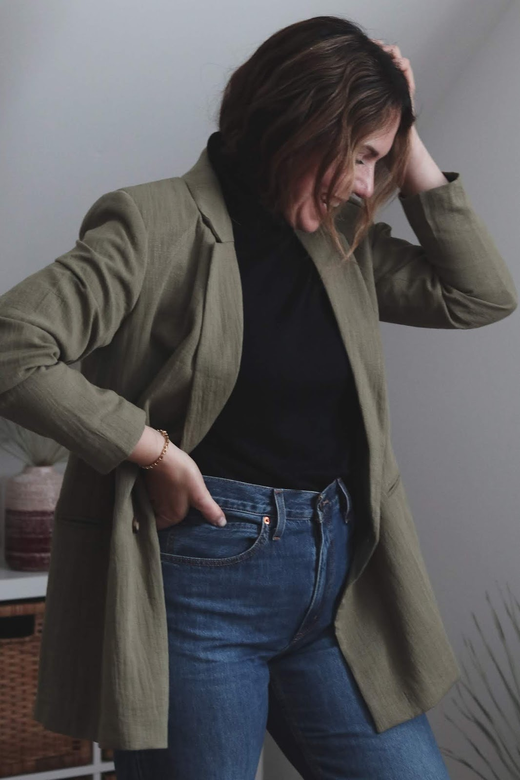 H&M green oversized woven blazer outfit