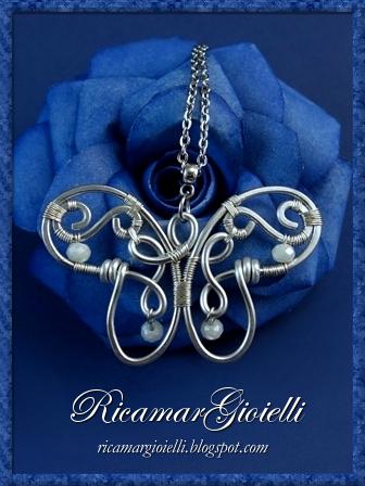 Farfalla in wire decorata con cristalli