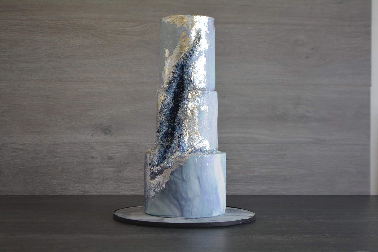 TO THE AISLE AUSTRALIA WEDDING CAKE DESIGNERS