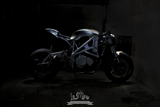 Custom Wolf Silverback by Timo Le Mans Photography