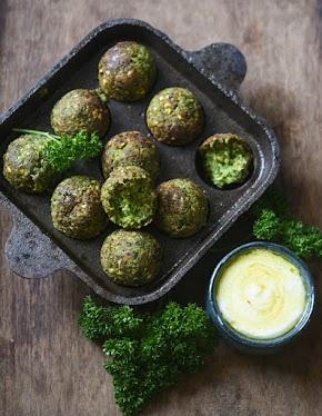 Green falafel recipe with fresh fava bean pods