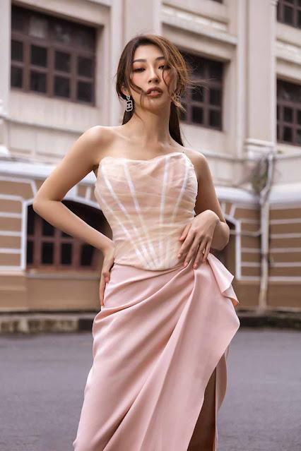 Khổng Tú Quỳnh ăn mặc mát mẻ hơn từ khi độc thân