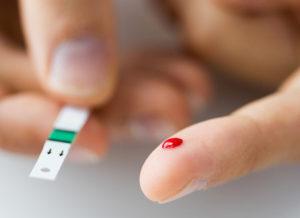 Adriano Galdino promulga lei que assegura atendimento prioritário aos diabéticos em órgãos públicos, estabelecimentos comerciais e instituições financeiras da Paraíba
