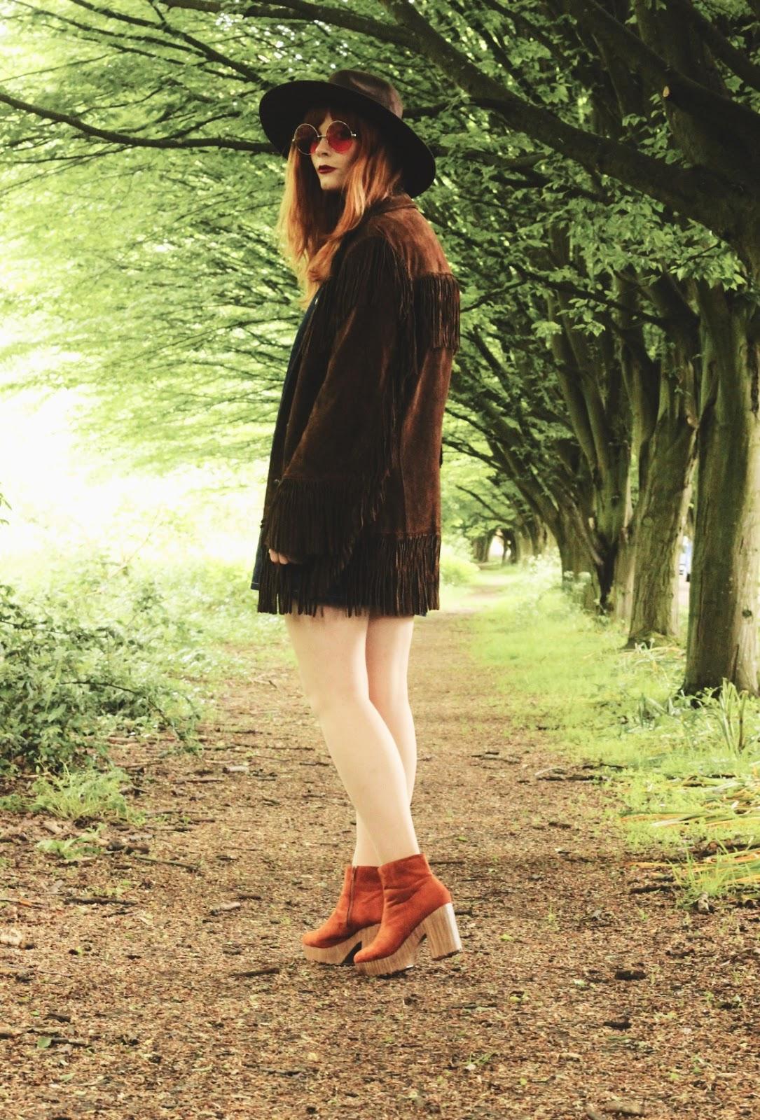 Vintage 70s Festival Outfit Suede Fringe Jacket Fashion Blogger