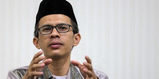 Jokowi Membela Diri, Ujang Komarudin: Rakyat Sudah Bisa Menilai Pemimpin Bisa Kerja Atau Tidak