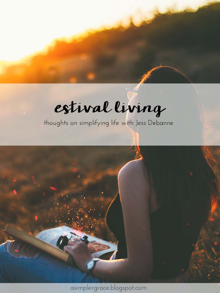 Some thoughts on simple living with Jess from Just Jess Debanne #guestpost #simpleliving