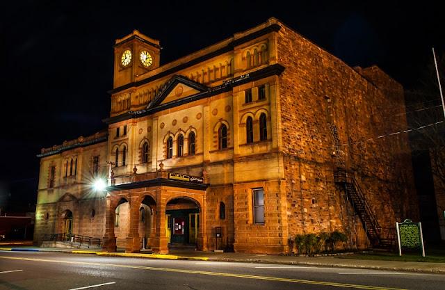 haunted Calumet theatre, Michigan