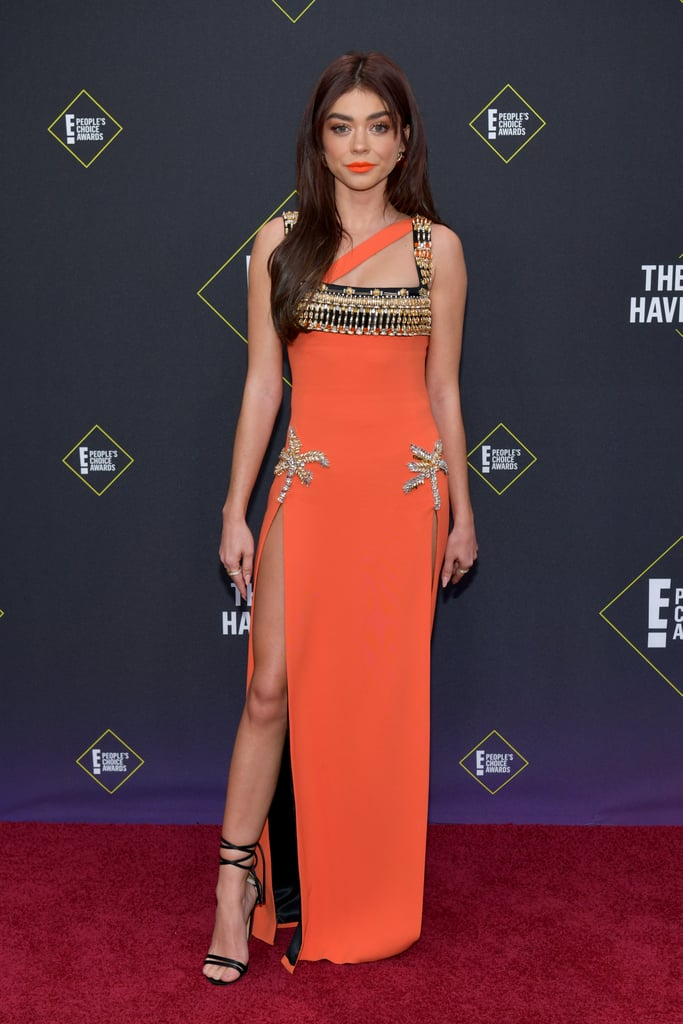 Sarah Hyland flashes her knockout legs in double-split gown at People's Choice Awards