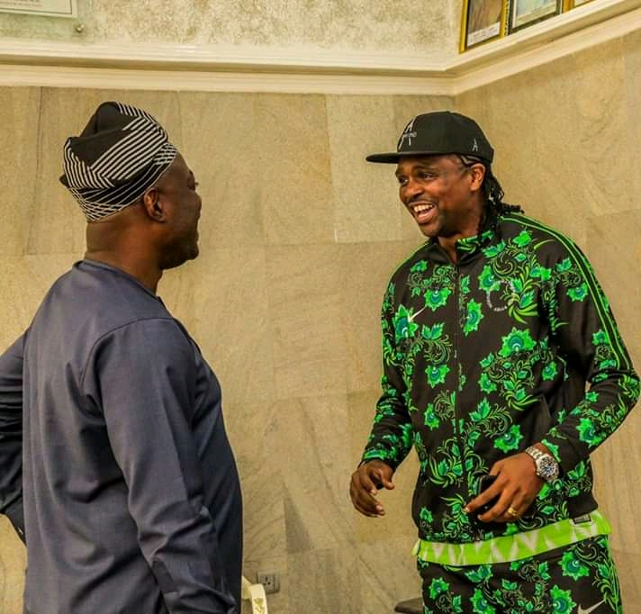 Ex Supper Eagles Player, Kanu Nwankwo Meets With Governor Seyi Makinde, Talk Directions To Take State-owned Football Clubs4
