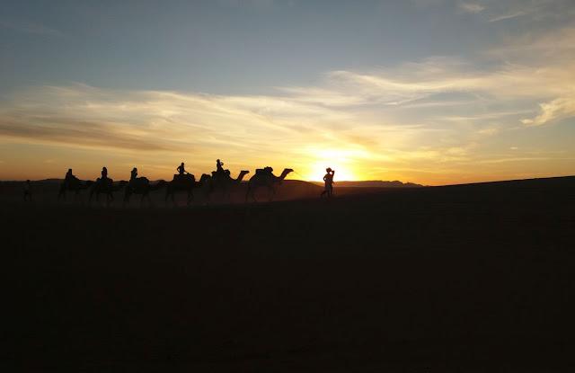 3dniowa wycieczka na pustynię, wielbłądy, maroko, tanie loty