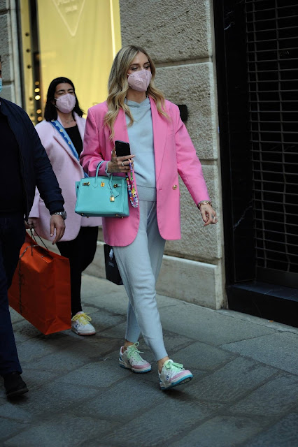 Chiara Ferragni – Shopping candids in Milan