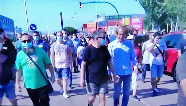 Los trabajadores de Nissan se movilizan tras el anuncio de cierre en Barcelona