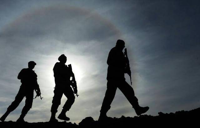 Ataque indiscriminado dos EUA mata 16 policiais afegãos