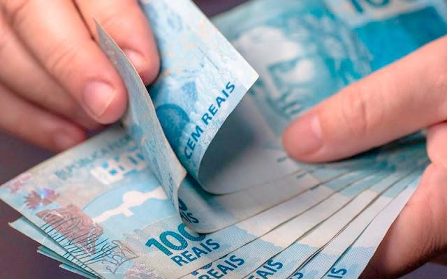 Salário mínimo 2021 já tem previsão de valor para pagamento; saiba quanto você vai ganhar! (Foto: Google)