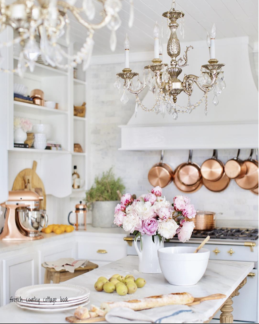 Get the Look- 4 vintage style French Country Kitchen Chandeliers