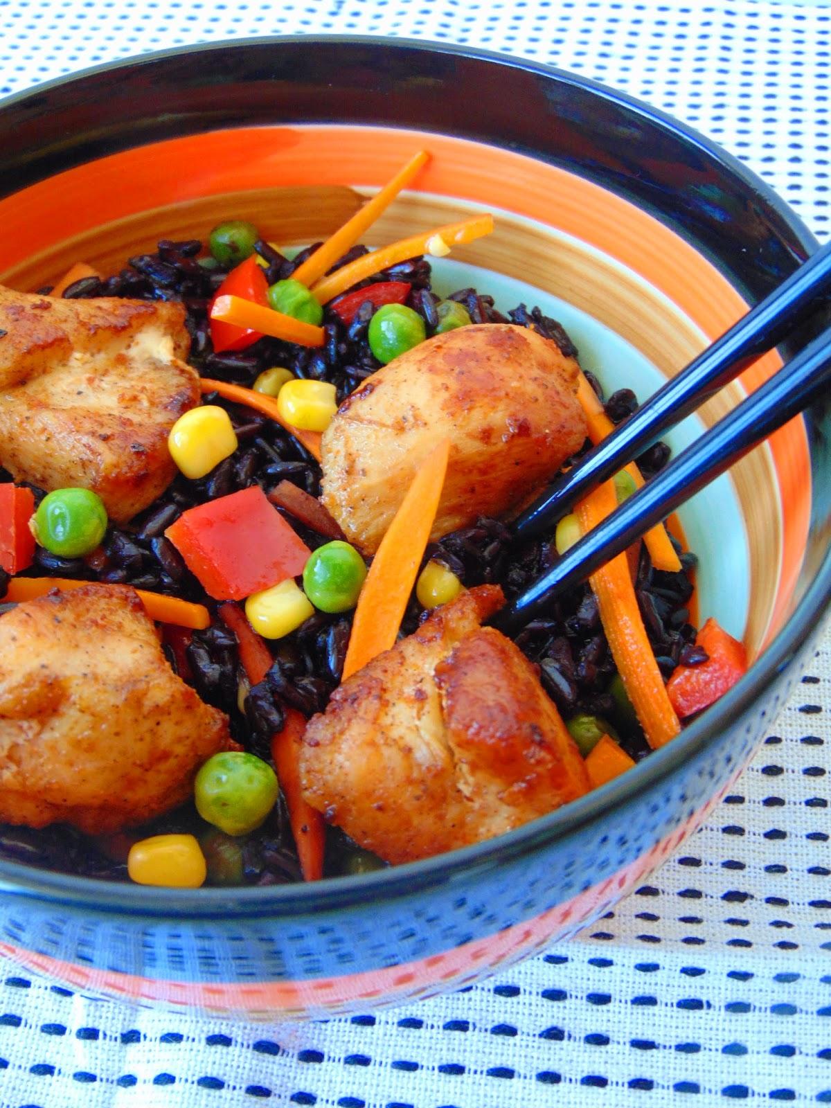 Piept-de-pui-cu-orez-negru-si-legume-4