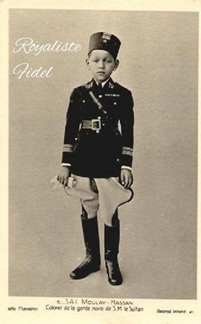 صور حصرية للملك الحسن الثاني طيب الله ثراه و هو صغير