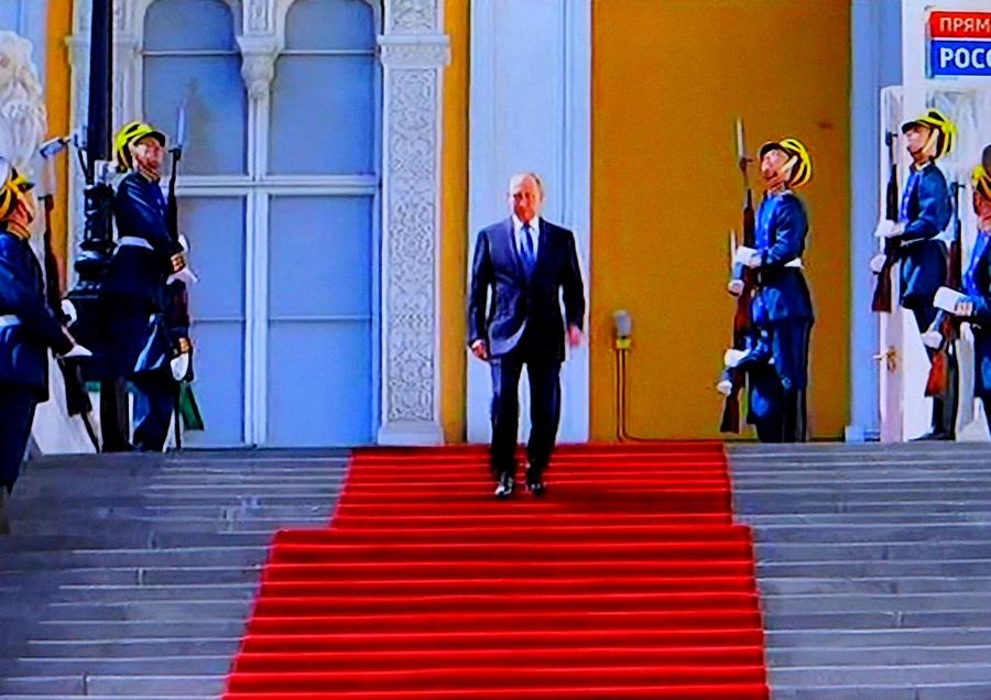 Владимир,Путин, Великий, vladimir, poutine, pierre, le grand, russie, rossiya, rt, moscou, kremlin, daech, isis, etat islamique, syrie, syria