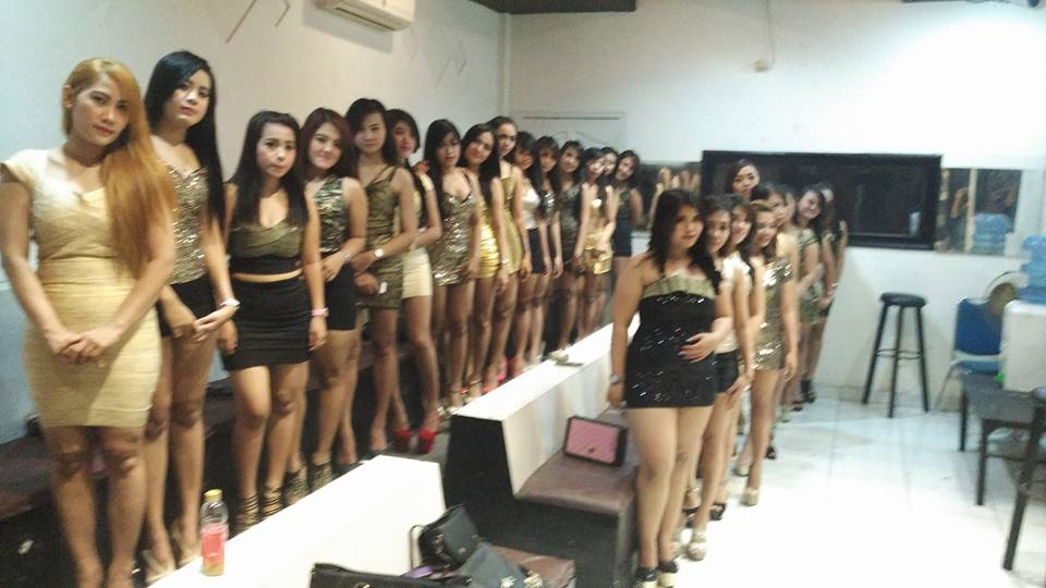Model Hooker in Jayapura