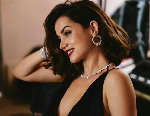 Ana De Armas Hot Instagram HD Wallpaper 2020