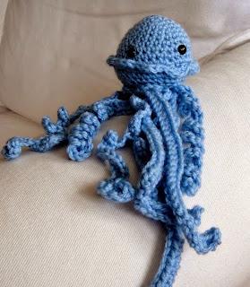 http://donatijeras.blogspot.com.es/2013/05/medusa-de-crochet.html