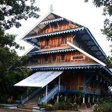 Keunikan-RUMAH-ADAT-Sulawesi-Tenggara-rumah-laikas