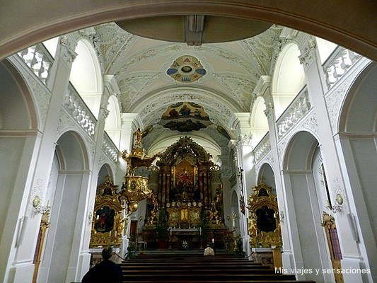 convento de St. Georgenberg, garganta de Wolfsklamm, Tirol, Austria