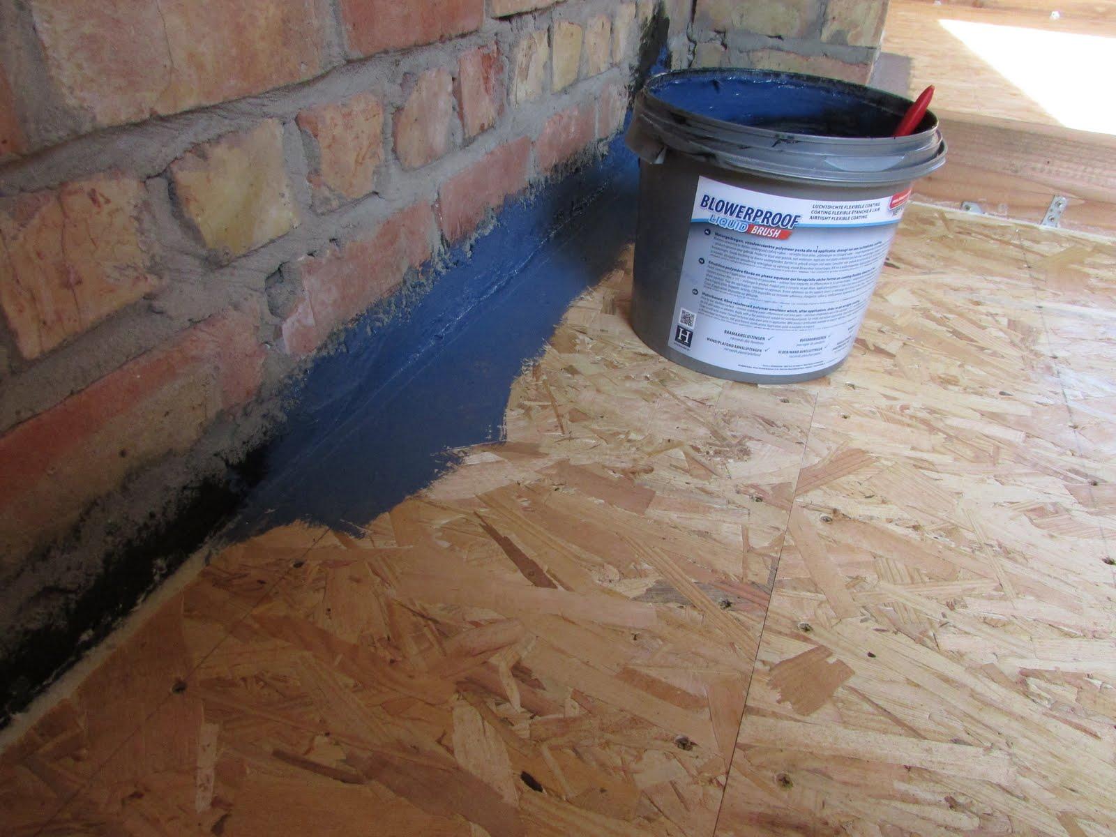 tussen de twee lagen door heb ik de oude elektriciteit naar de verlichting op zolder uitgebroken en nog enkele rookmelders in de slaapkamers