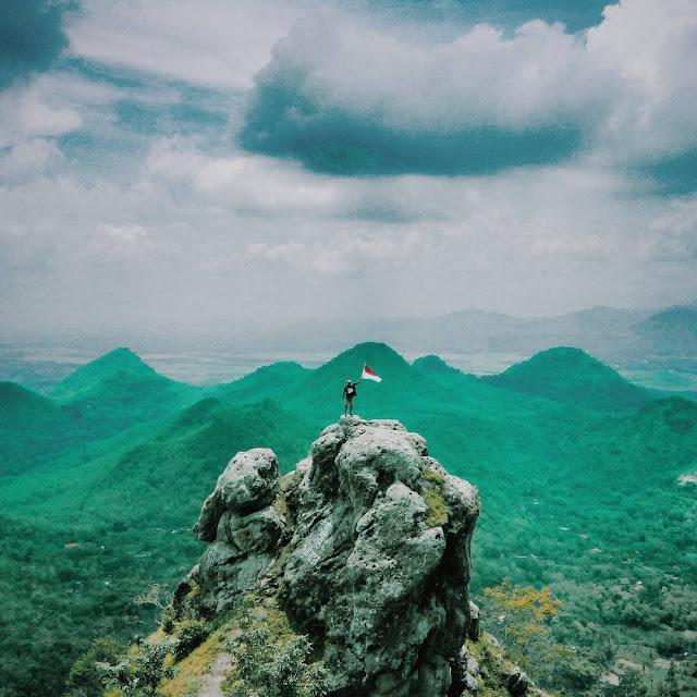 Pesona Bukit Cumbri, Spot Kece Untuk Melihat Keindahan Wonogiri
