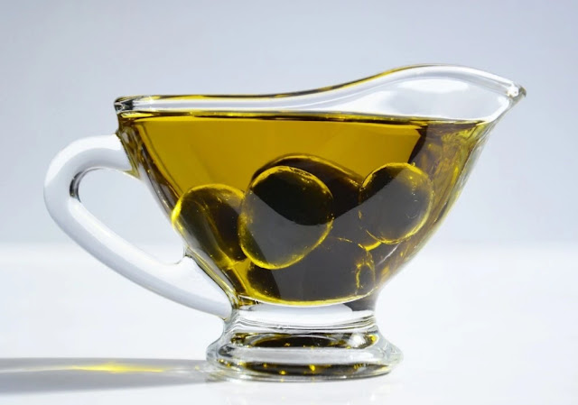 does olive oil help with weight loss?