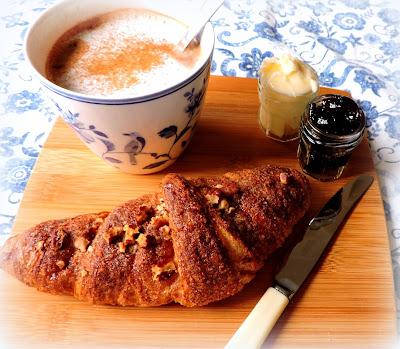Easy Cinnamon Nut Croissants