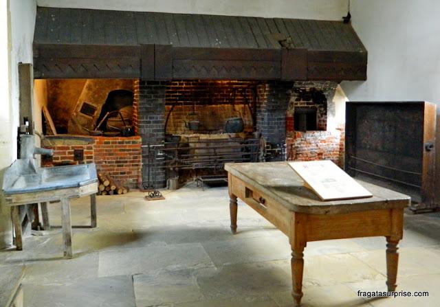 Cozinha do Século 14 no Hospital of Saint Cross, Winchester
