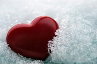خلفيات قلوب على الثلج جديدة