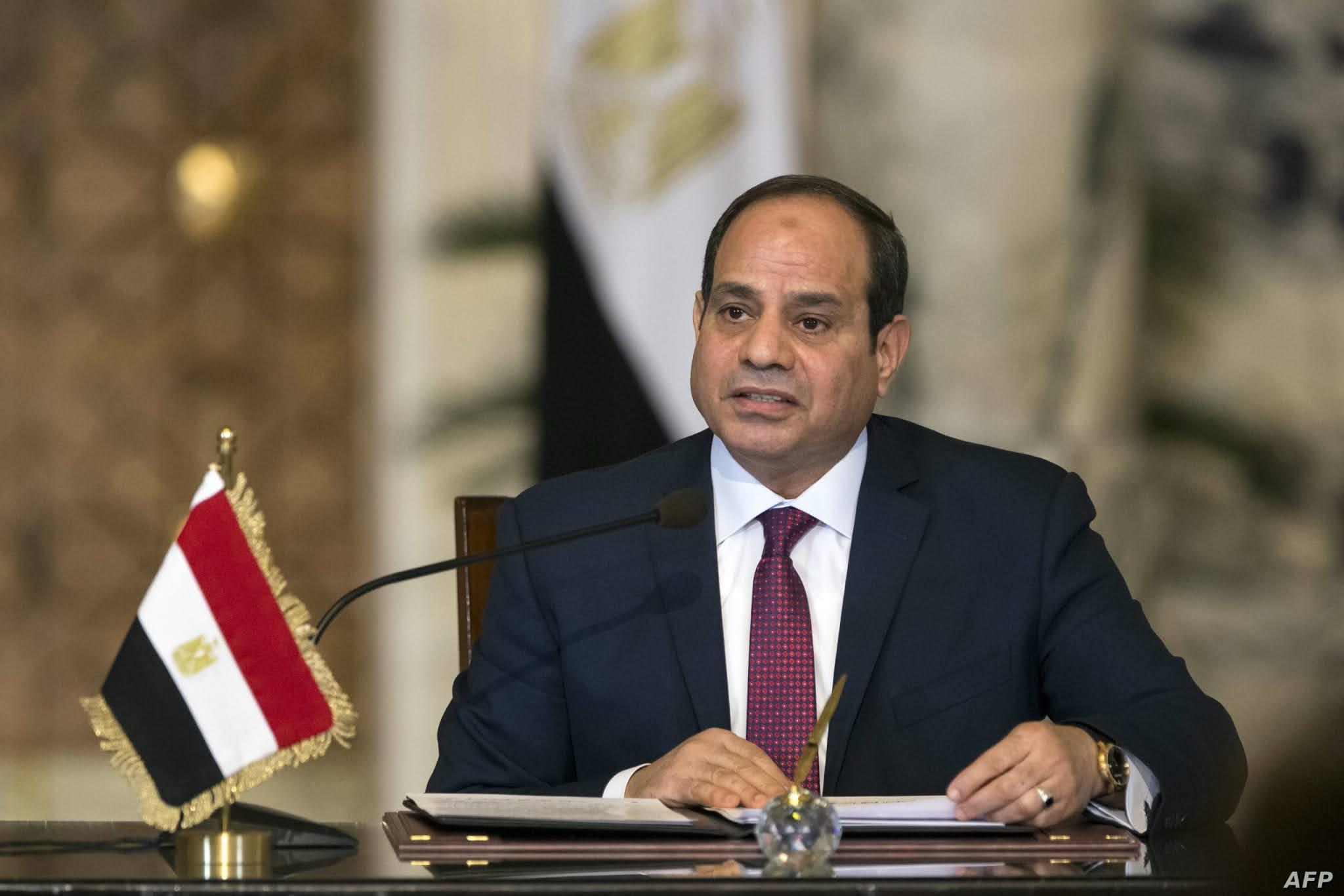 عبد الفتاح السيسي يوجه بمراجعة شاملة للأراضي المخصصة للأنشطة الصناعية ولم يتم استغلالها