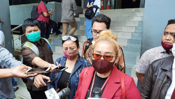 Relawan Jokowi Bersatu Laporkan Najwa Shihab