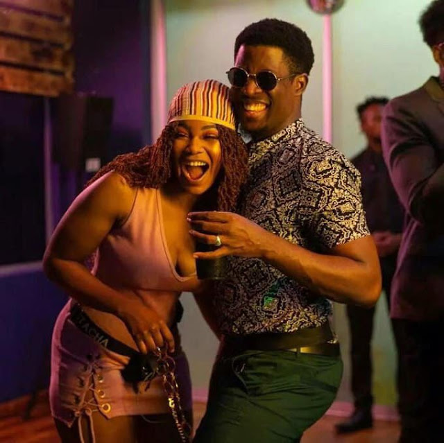 #BBNaija 2019: Seyi gets viewers rolling in laughter after he was dared to sleep on Tacha's bed for an hour (video)