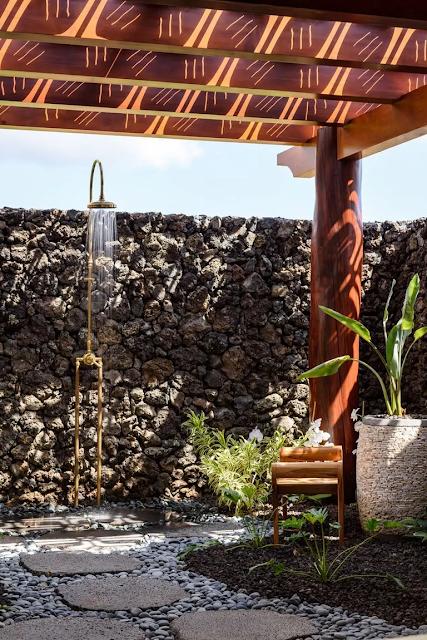 ห้องน้ำ outdoor ตกแต่งหิน