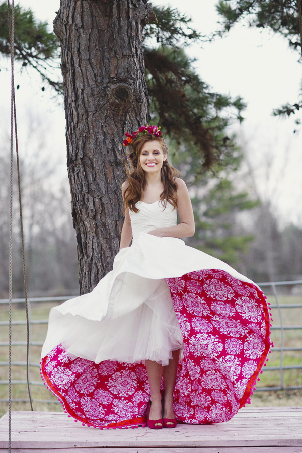 bride+groom+boho+bohemian+chic+orange+pink+yellow+rustic+valentine+valentines+day+february+winter+spring+wedding+cake+bouquet+petticoat+dress+gown+table+setting+floral+arrangement+centerpiece+tangerine+melissa+mccrotty+photography+18 - The Valentine Ombre